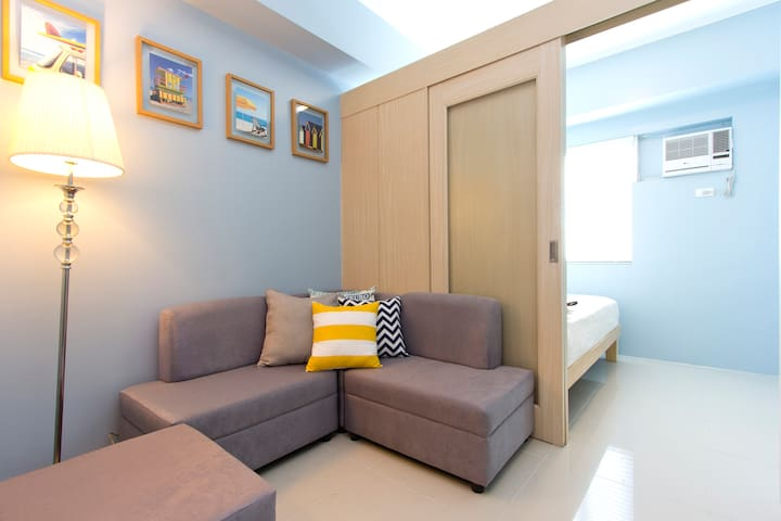 New, clean, accessible, great view - Quezon City - Bed & Breakfast