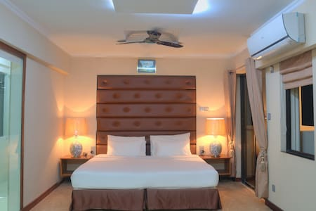 Sunset Deluxe Suites - Male', Maldives