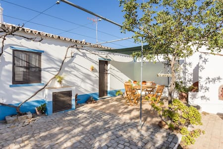 CHARMING COTTAGE NEAR TAVIRA - Tavira - Villa