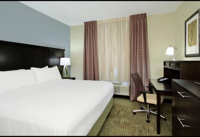 Full service elegant room Houston Medical Center