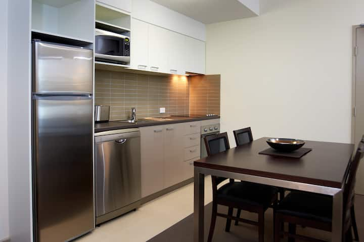 Two Bedroom Executive Apartment - Quest Moorabbin