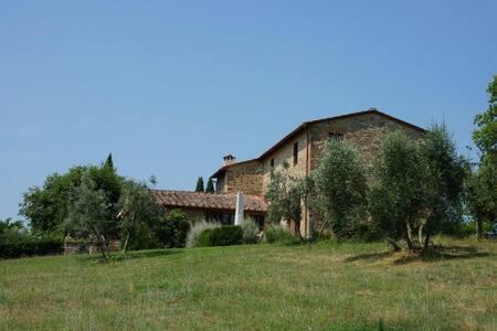 Villa Arceno Casina, sleeps 8, pool - Chianti - San Gusmé