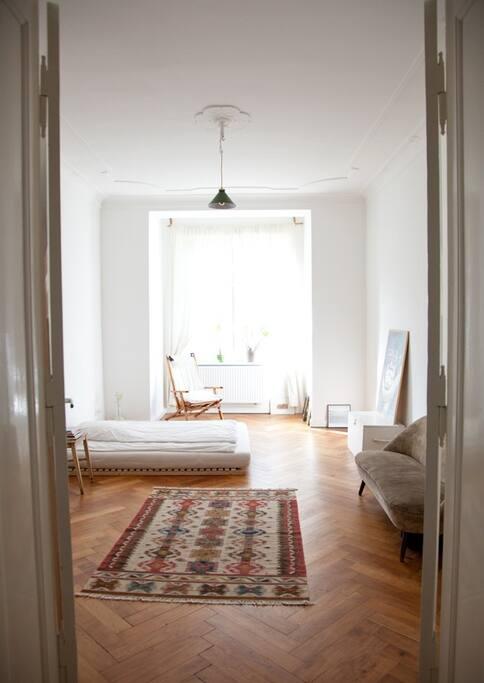 sunny room in neuk lln wohnungen zur miete in berlin berlin deutschland. Black Bedroom Furniture Sets. Home Design Ideas