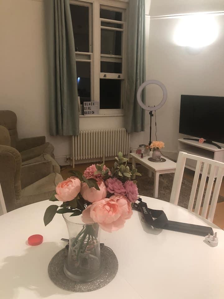 Beautiful & spacious apartment in historic estate