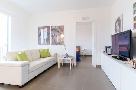 New, cozy & smart flat with  Wifi