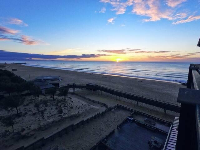 Les pieds dans le sable avec vue exceptionnelle