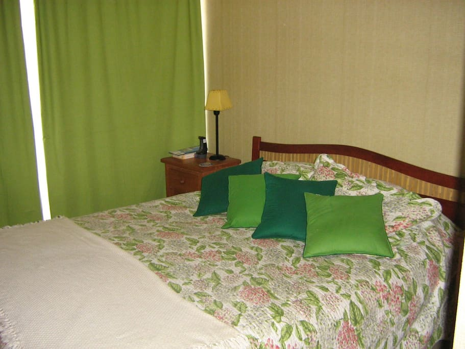Dormitorio cama 2 plazas con terraza
