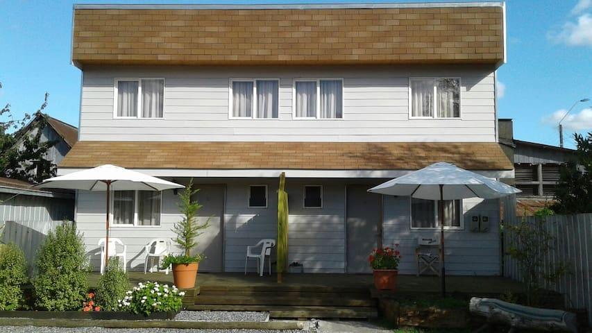 Depto. equipado 2 dormitorios, parking y terraza