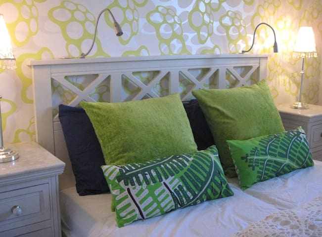 Room with double bed for two - Tønsberg - Bed & Breakfast