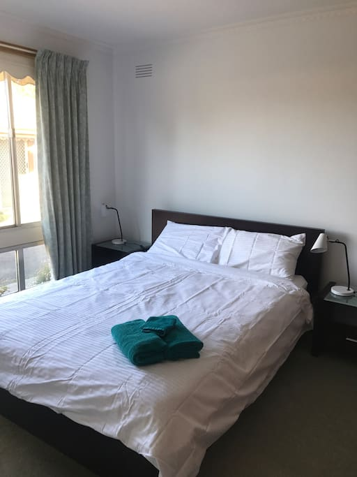 Master Bedroom standard with booking