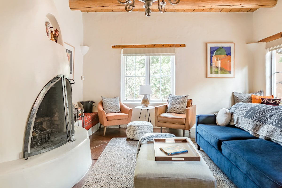 Casa Lupe-Deluxe Santa Fe Gem, Private, Plaza & Railyard