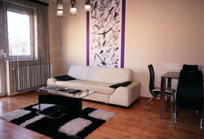 Modern, cozy &  fully equipped! - Debrecen - Pis