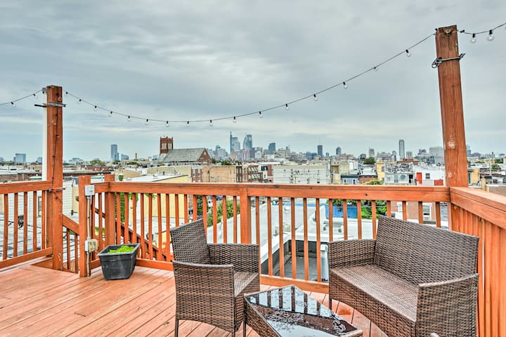 NEW! Classic, South Philly Row Home <2Mi to Dwntwn