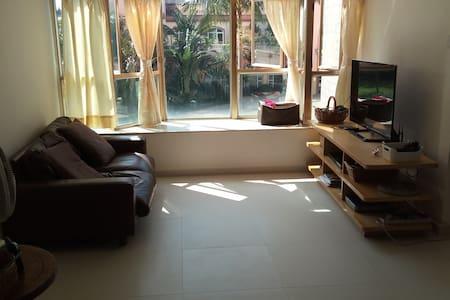 Newly 100% renovated entire home/apt in Tuen Mun - Tuen Mun - Lakás