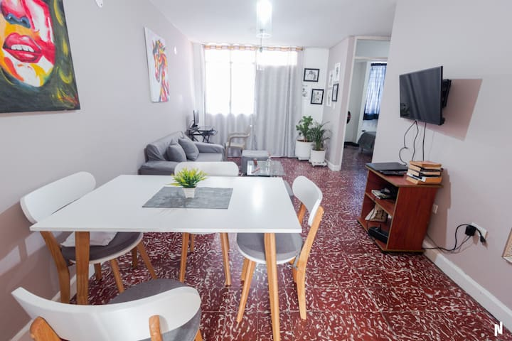 Comfortable apartment at the best location + pool