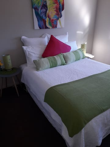 ECees-Premium double room with private bathroom.