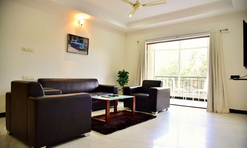 2 BHK Apartment, Banjara Hills Road13