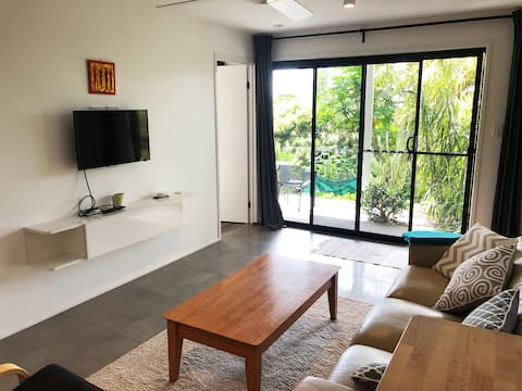 Studio Apartment with Ocean Views in Byron Shire