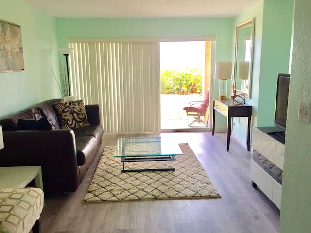 Beachfront Condo - Cocoa Beach