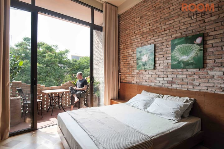 A tranquil and beautiful hideaway place in Saigon
