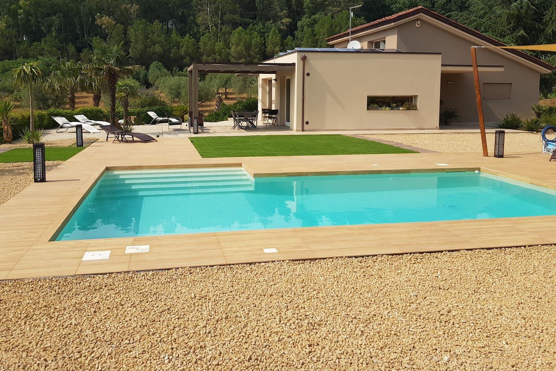 La piscina ad uso esclusivo degli ospiti