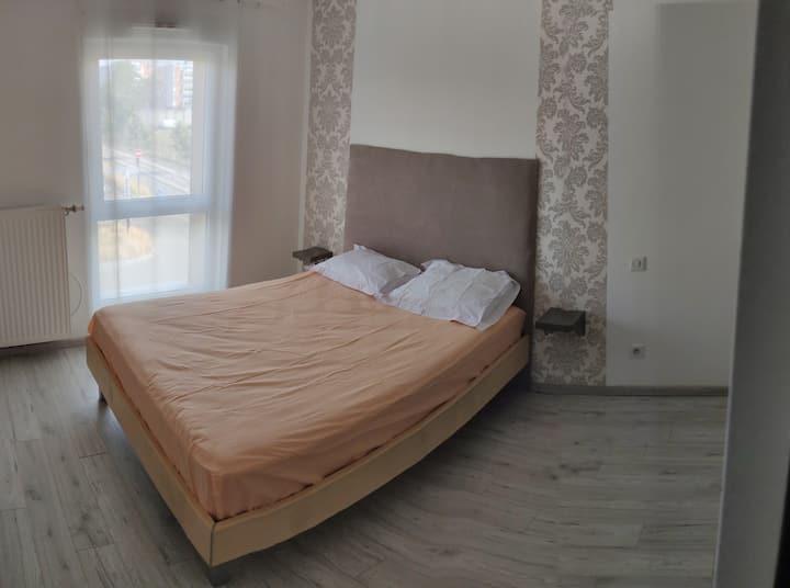 chambre double in tripleks strasbourg 3min. à tram