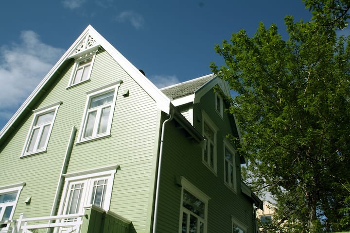 Villa Elvebakken, 3 min walk to city center