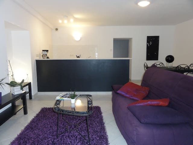 Appartement au coeur du village - Flaviac - Apartment