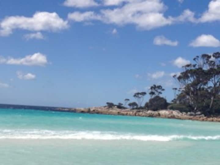 No 9 Bay of Fires