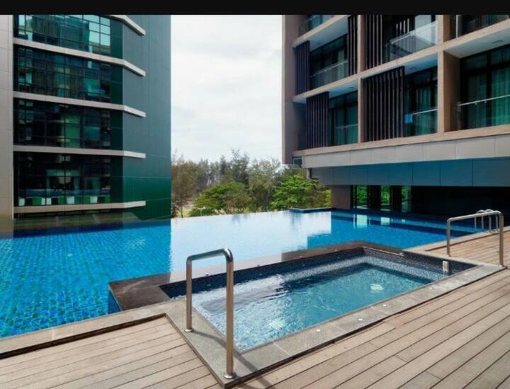 R'viera SoHo Duplex 3 Bedrooms Apartment (8 pax) City Centre