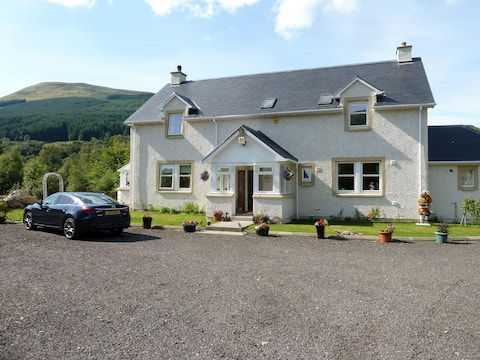 The Pines. Double room. Lochearnhead