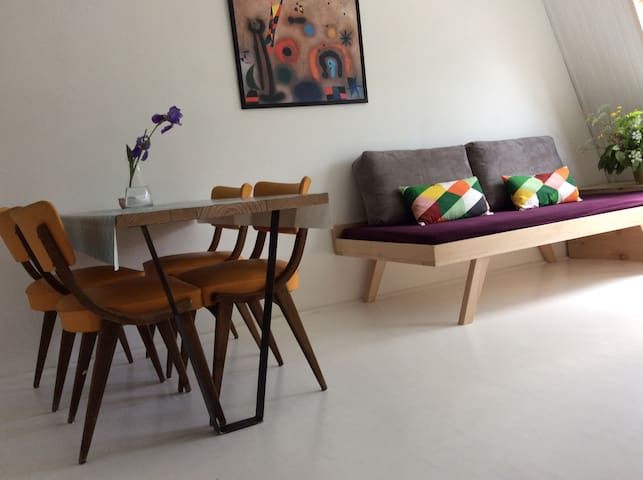 BOVEC  sunny studio