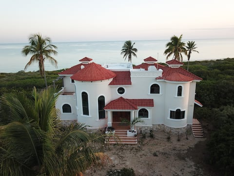 Villa La Siesta Beach Front  (New)