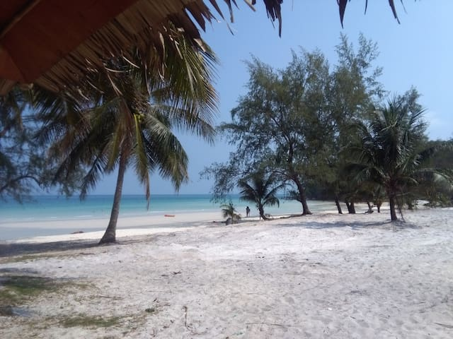 Bungalow at the stunning Coconut Beach, Koh Rong
