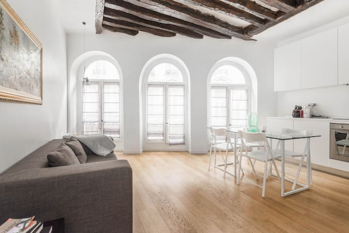 Cozy apartment heart of Marais - Mobility Lease