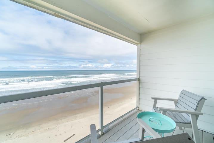 Enjoy Sweeping Oceanfront Views & Sand from this Affordable 1 Bedroom Condo!