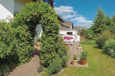 Holiday apartment with 2 bedrooms on 72m² in Dollendorf