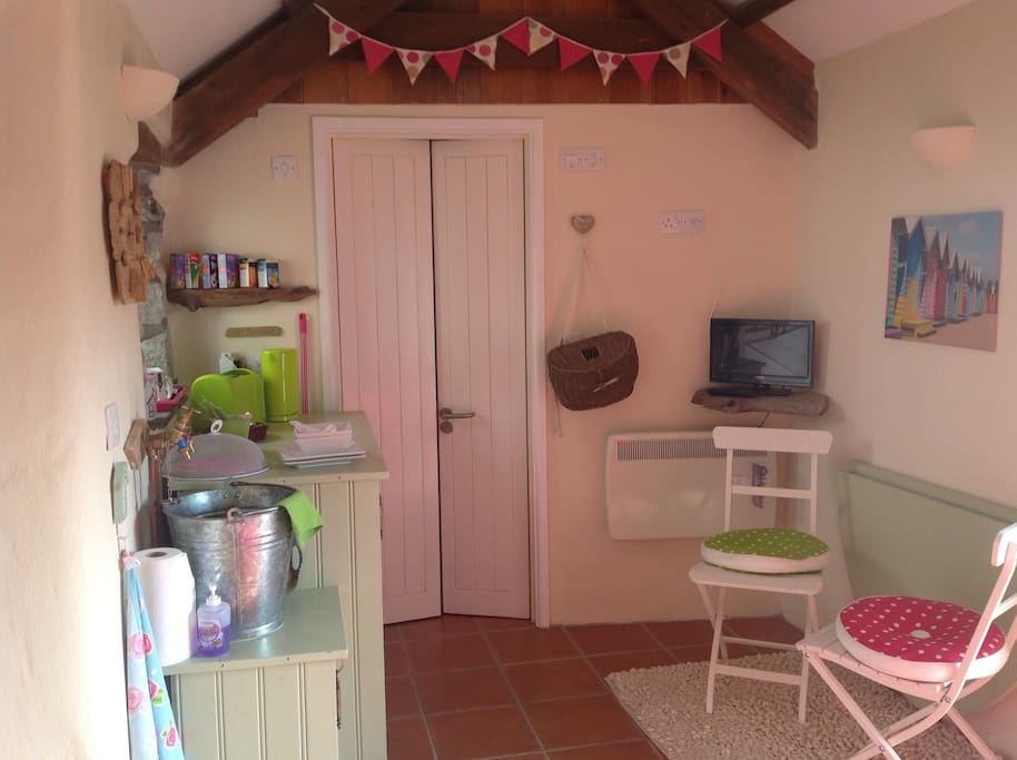This is the breakfast area leading to the en-suite bathroom.