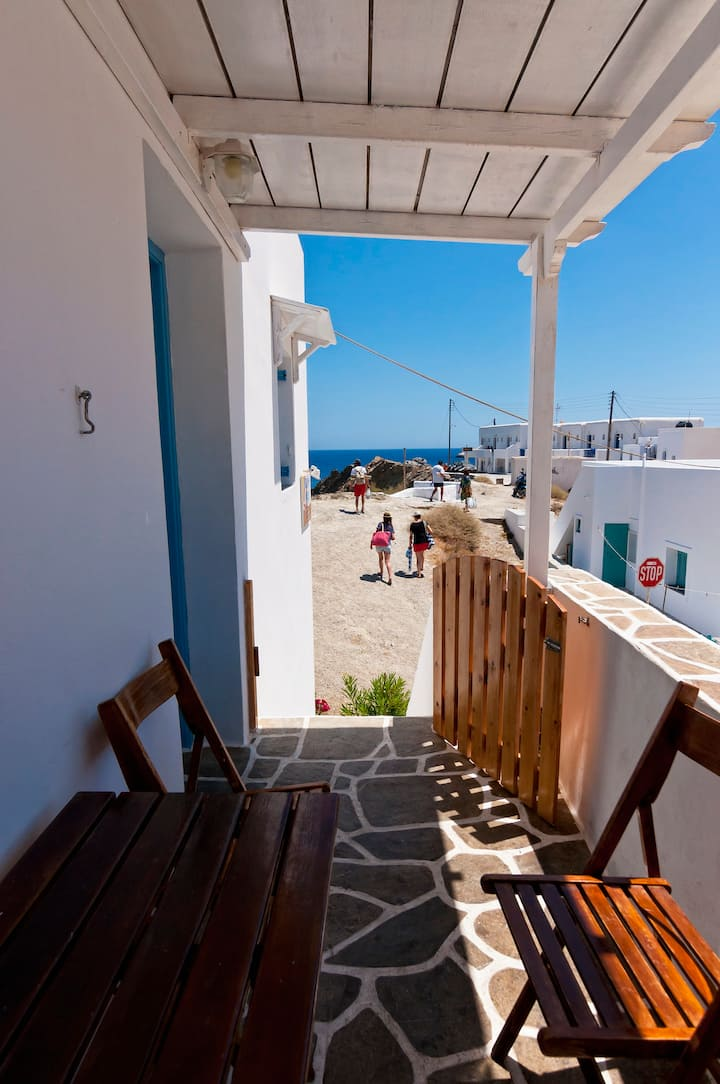 Beach House-Folegandros Apartment 5