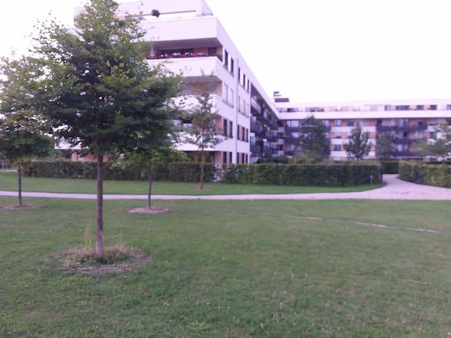 Neuwertige 2-Zimmer-Wohnung in München, Koppstr.