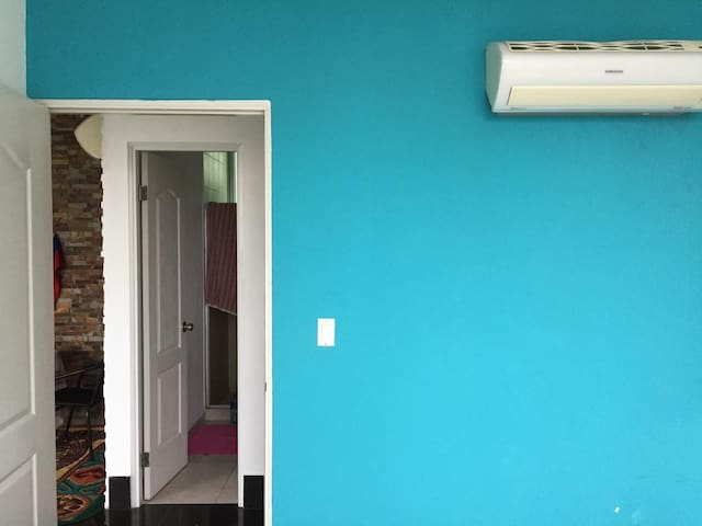 all rooms has aircondition
