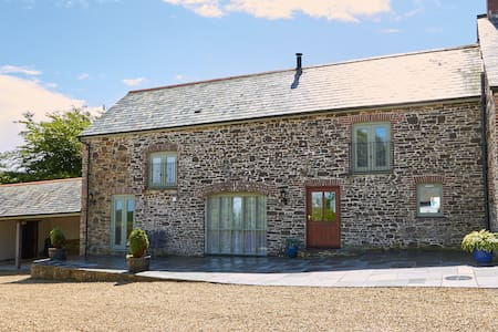 Spacious Converted Barn in rural North Devon.