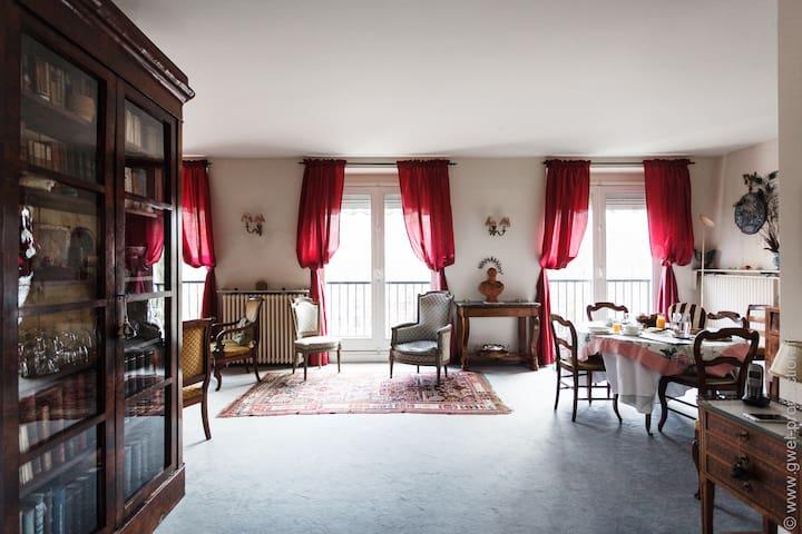 Bel appart 80m2 - style Louis XVI