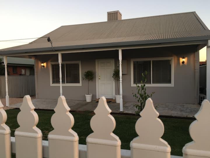 San Mateo Cottage