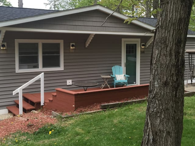 Lake View with Kayaks, Fire Pit, Bikes & Swing Set - Pittsfield - Rumah