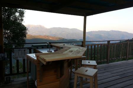 cabane perchée à 20 km de la mer - Grosseto-Prugna - Blockhütte