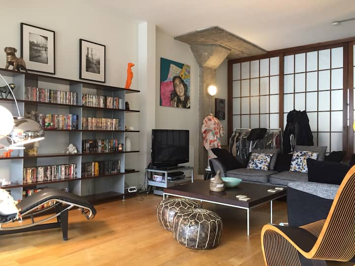 Luxurious 1320 sq ft loft apartment in Old Street
