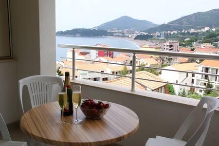 Апартаменты 75 кв.м с видом на море - Rafailovići