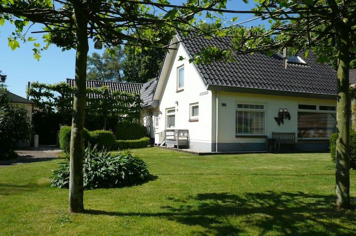 Vakantiewoning 't Klockhuus  - Hulshorst - Casa