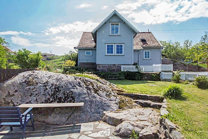 10 person holiday home in MANDAL, NORGE
